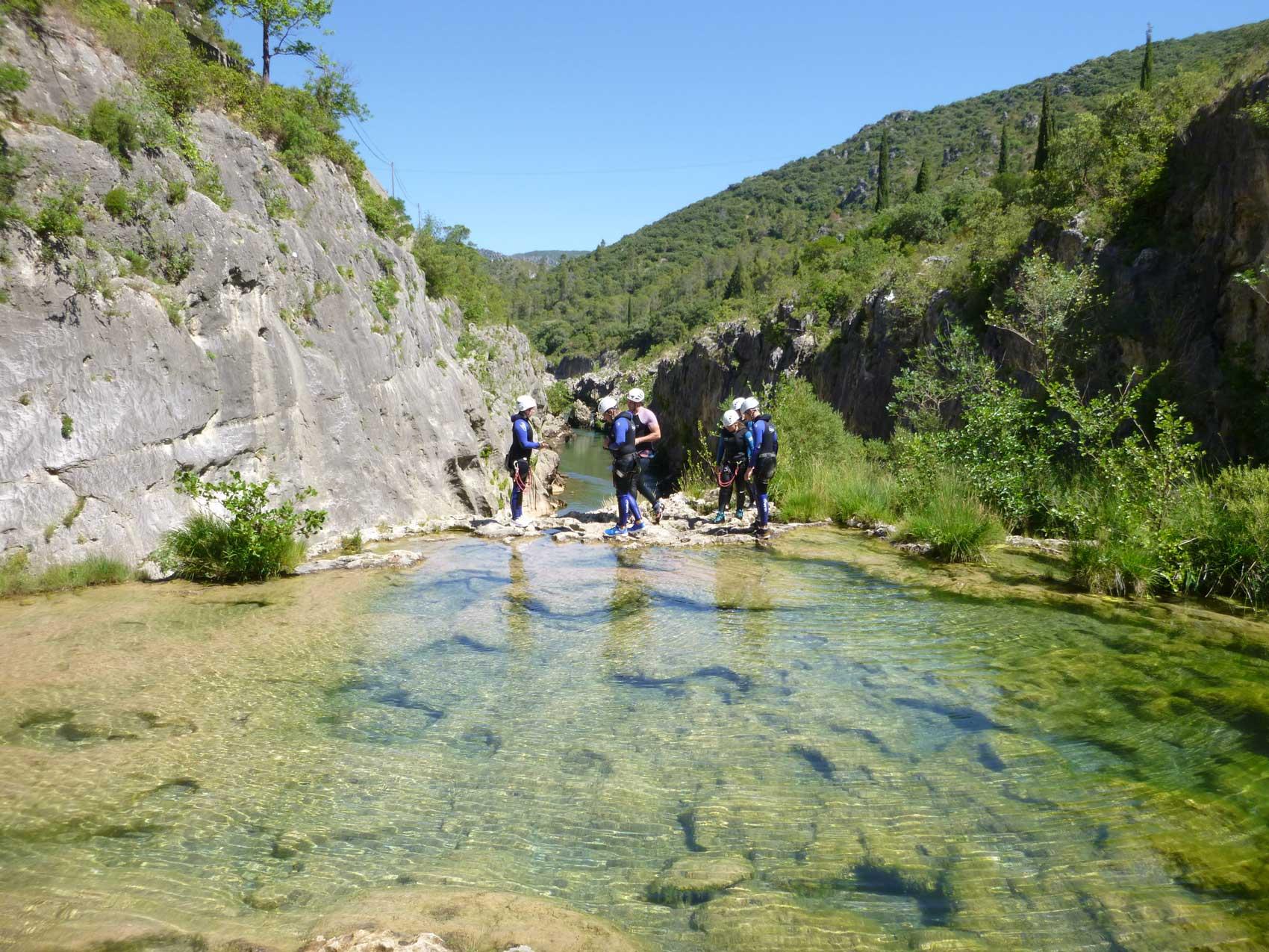 canyoning-activitéspleinenature-pleinair-loisirs-portesdeMontpellier-Occitanie